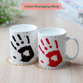 China Red Palm Heat Sensitive Color Changing Mugs Personalized Eco Friendly supplier