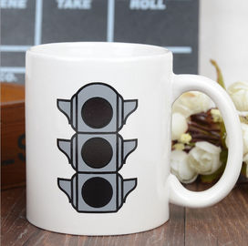 China Promotional Eco Friendly Mugs , Color Changing Coffee Cups Exquisite Traffic Logo supplier